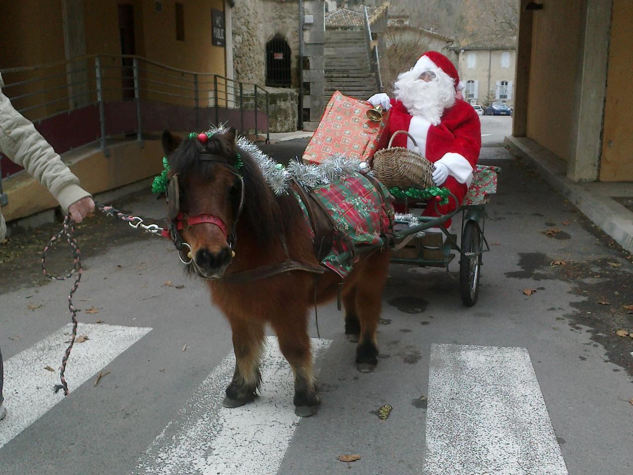 le père Noël etait  a Lasalle